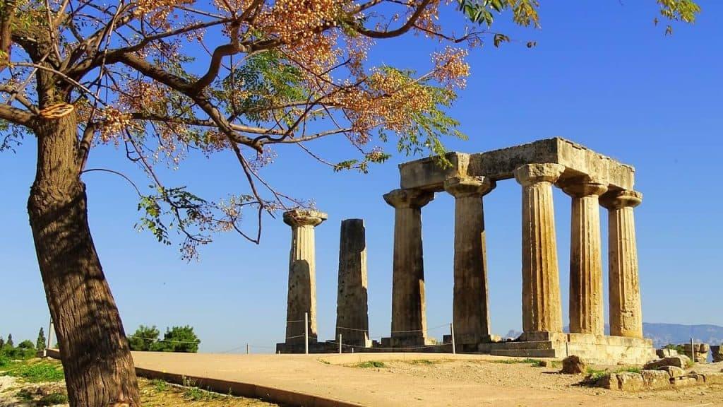 Templo Apolo Antigua Corinto Grecia