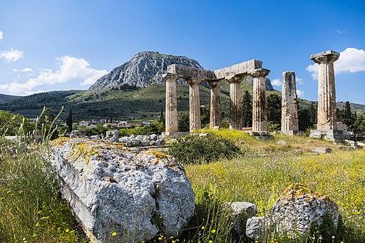 Templo Apolo Antigua Corinto y Acrocorinto
